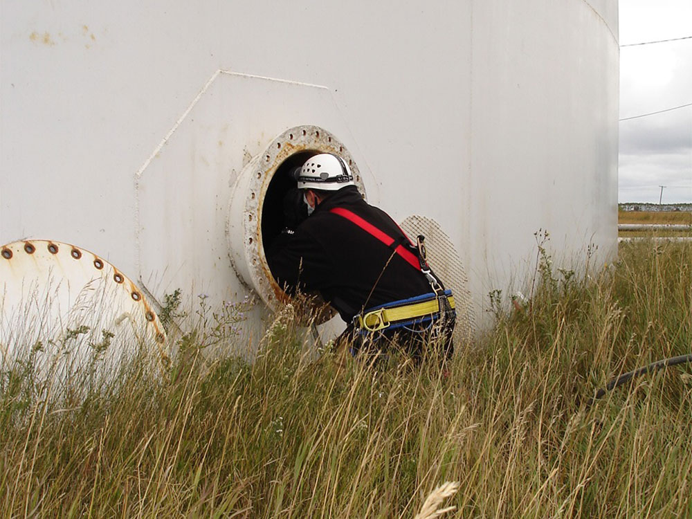 Safety Training-CONFINED SPACE TRAINING